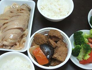 lunch%20070802b.jpg